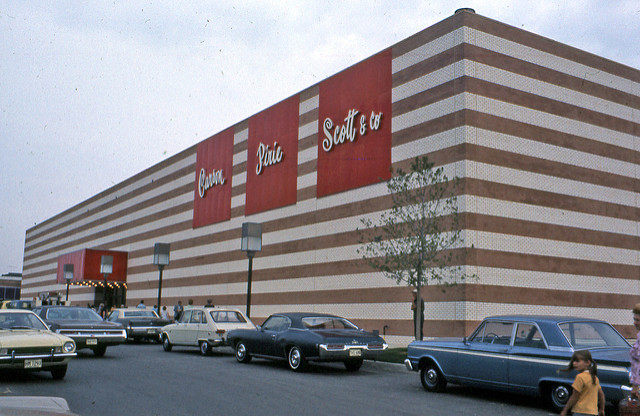 """Matteson Auto Mall >> Lakehurst Mall: the Life & Death of """"The Livelier Place ..."""